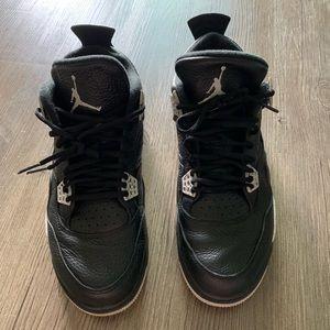 Retro Jordan 4 Oreos